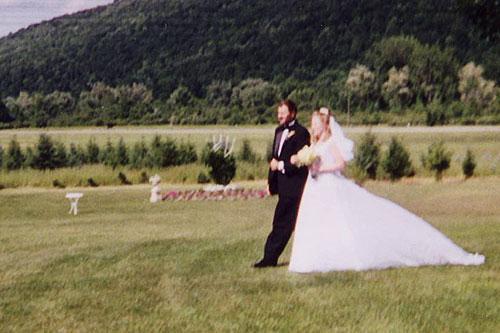 Finger Lakes B&B Wedding in Bristol Mountains