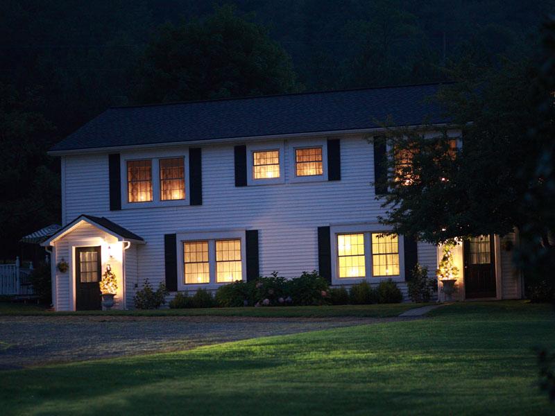 The Filigree Inn at night