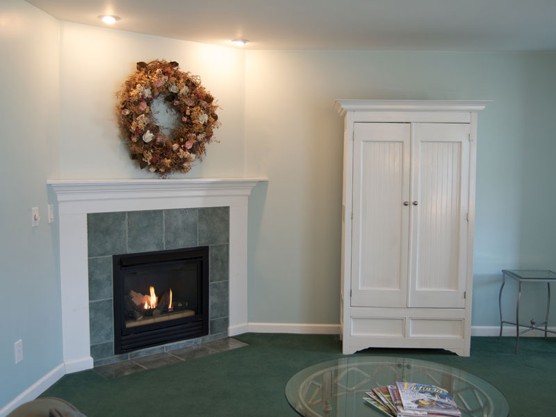 The Hanna Suite Fireplace