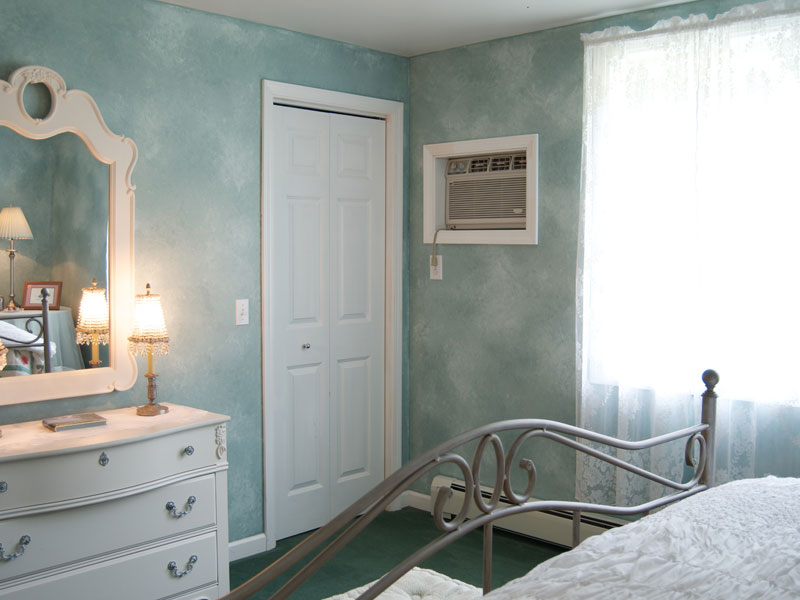 The Hanna Suite Bedroom